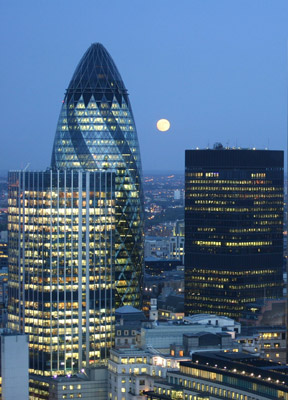 Moon over the Gherkin - ©IWitch - A Stonewylde fan